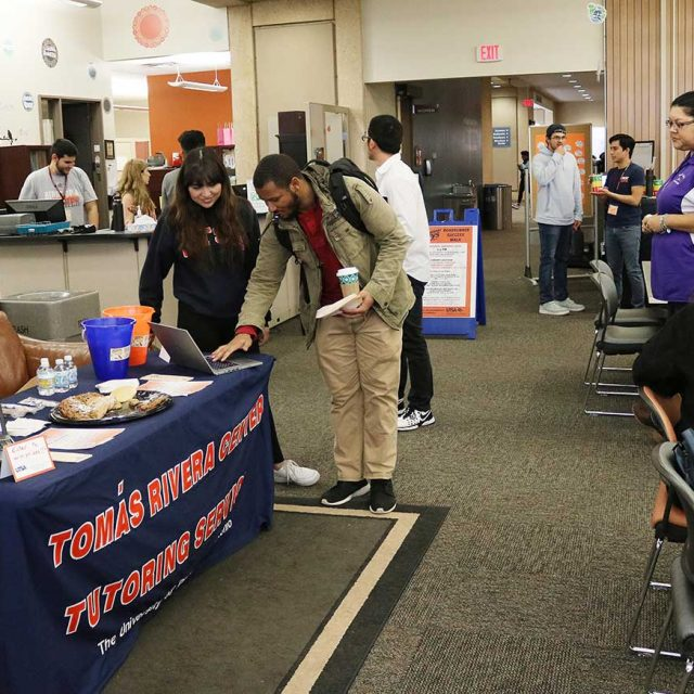 Students checking in at Tomás Rivera Center